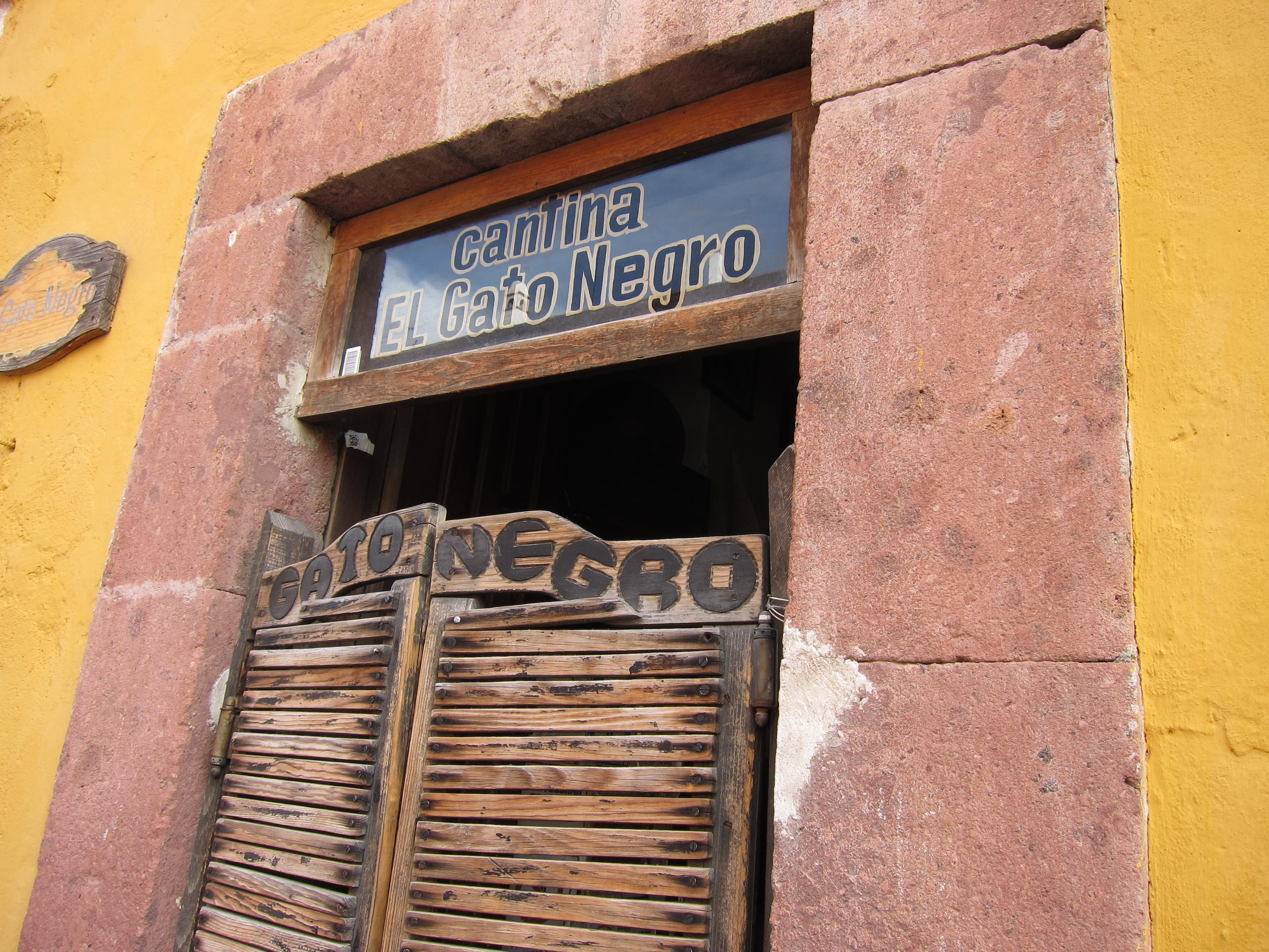 Our own private san miguel saludos de mexico - El gato negro decoracion ...